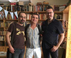 Pablo Cerezal junto al escritor Ramón Bascuñana y al editor Pedro Gascón