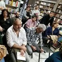 Parte del público durante la presentación de Abel Santos