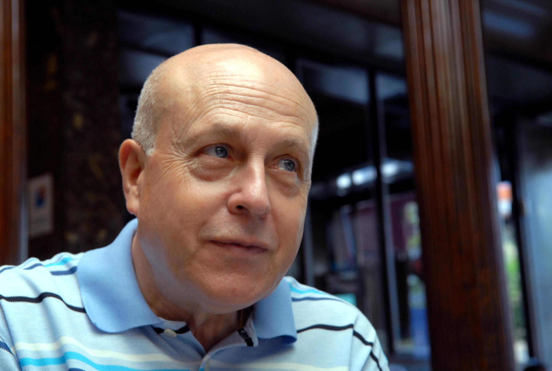 Javier Lostalé, escritor
